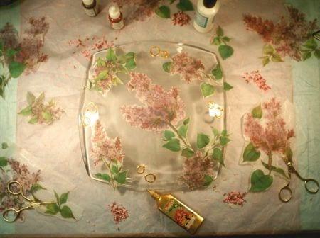 Decoupage: decorar un plato de vidrio