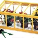 Cómo hacer un mini invernadero para el balcón