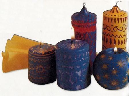 Decorar velas con motivos indígenas