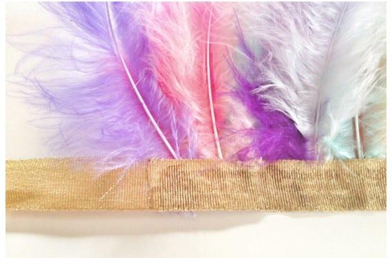 Corona de plumas de india