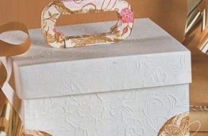 Caja cartón decorada
