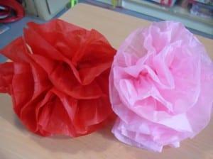 Flores de Feria con papel de seda