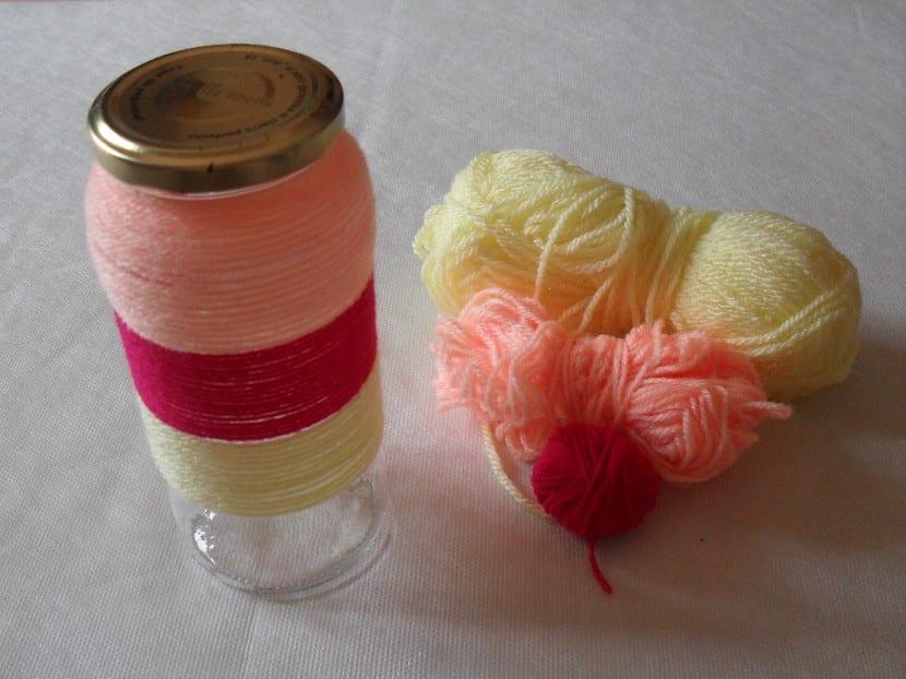 Tarros de cristal decorados con lana