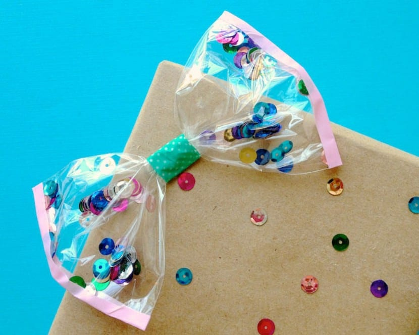 Lacitos de confetti