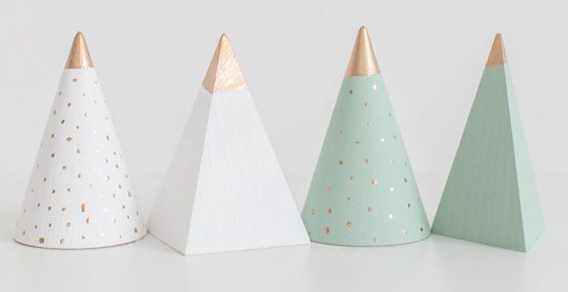 Mini arbolito de navidad en madera