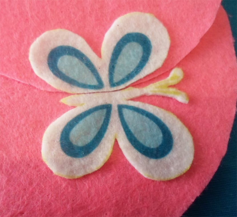 Monedero infantil elementos decorativos mariposa