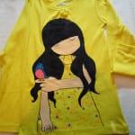 Camiseta pintada a mano con dibujo infantil