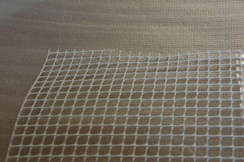 Malla para la base de la alfombra