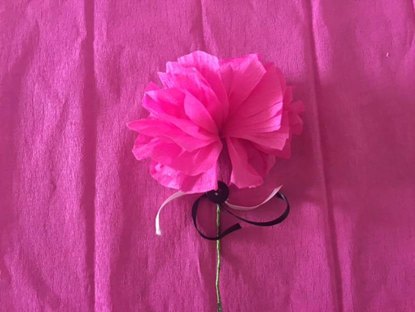 Como Hacer Flores Con Papel Crepe