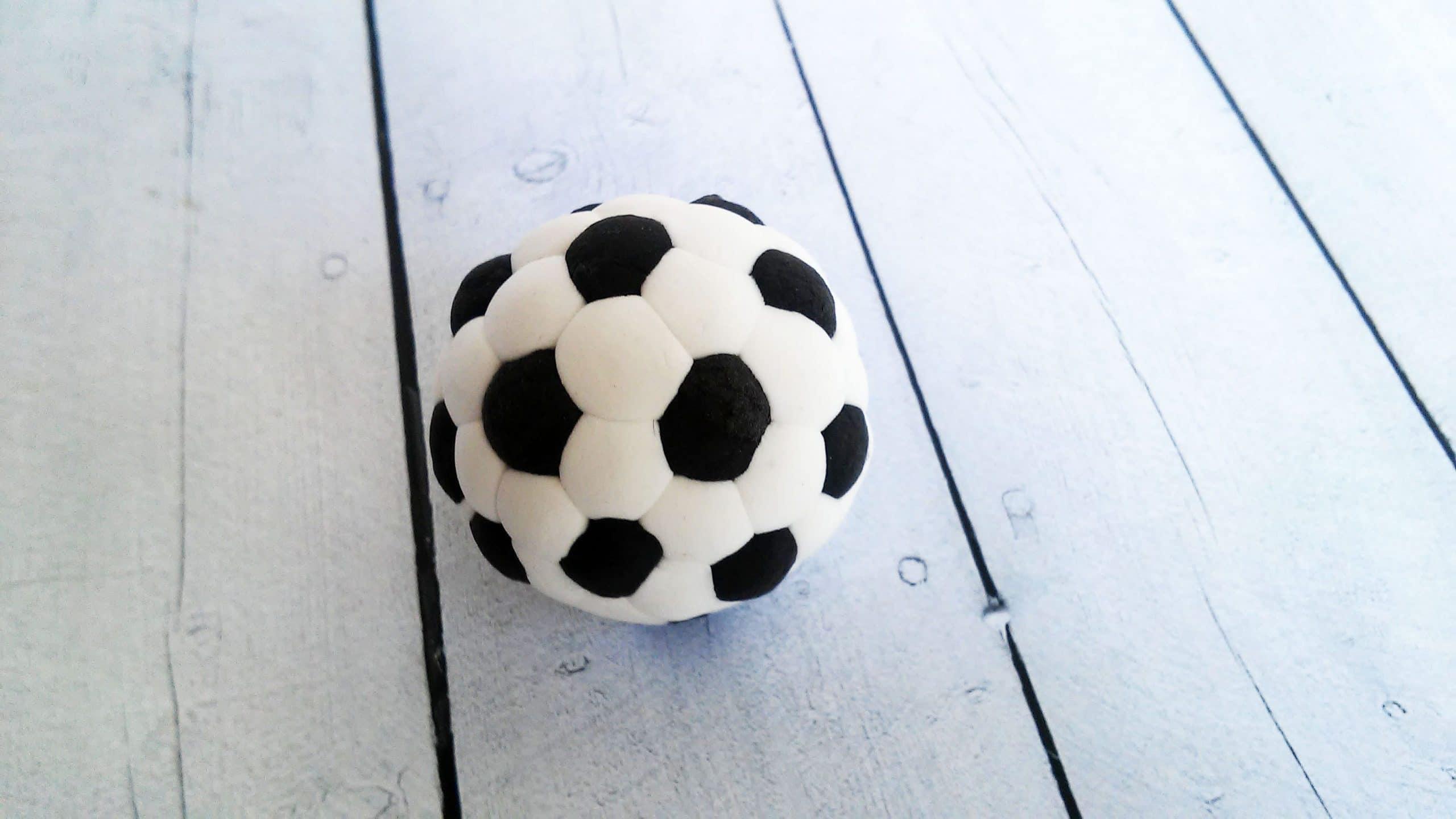 Cómo Hacer Un Balón De Fútbol Con Fimo O Arcilla Polimérica