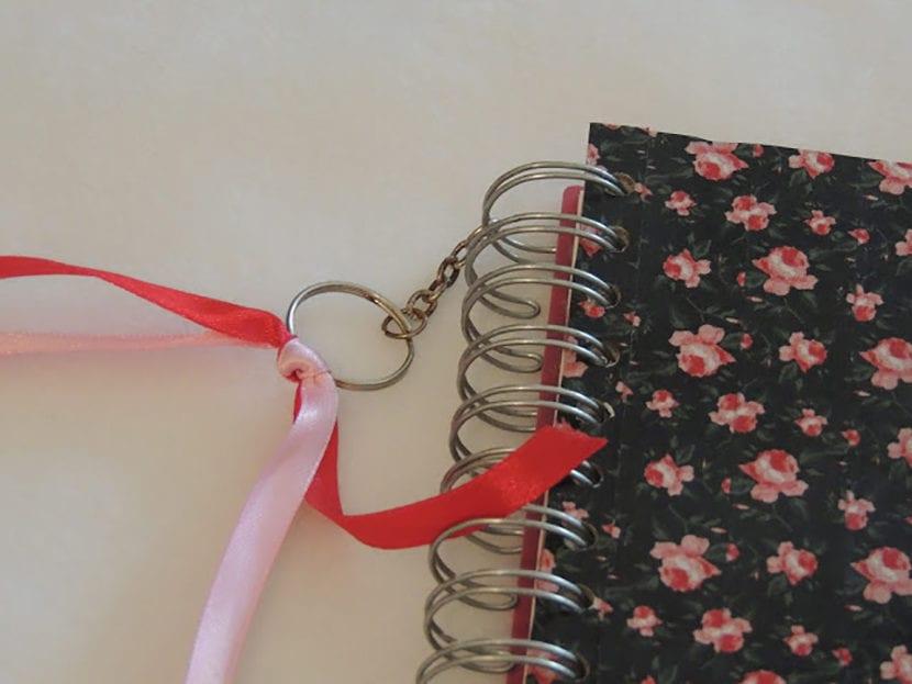 paso 6 decorar agendas con washi tape