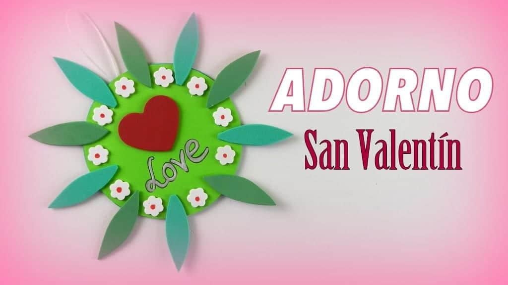 Adorno colgante de goma eva para regalar el día de San Valentín