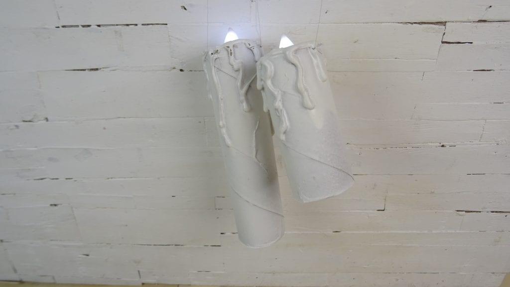 Velas de Halloween hechas con el canuto del papel higiénico o de cocina
