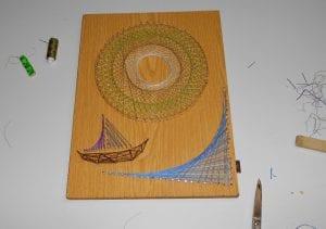 Arte y manualidades usando hilos de coser