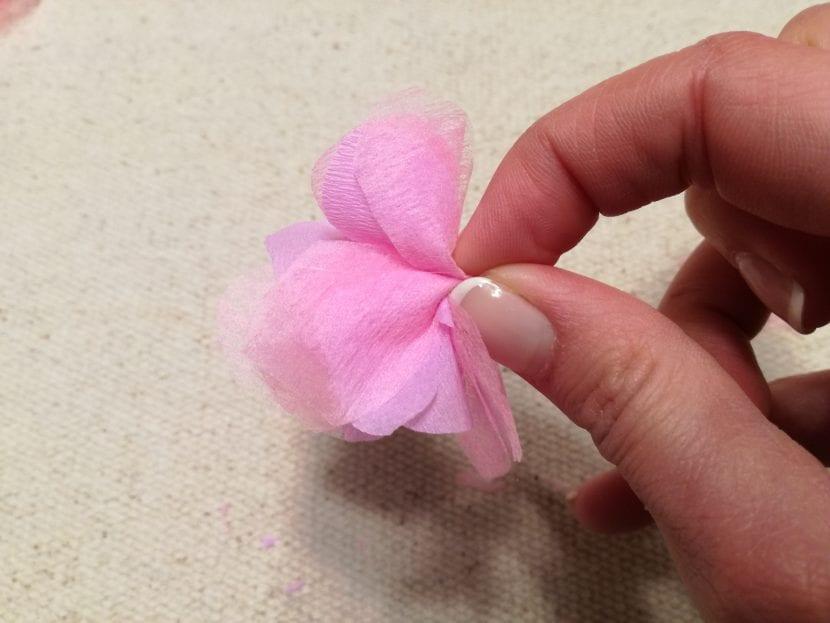 Flores de cerezo paso 6