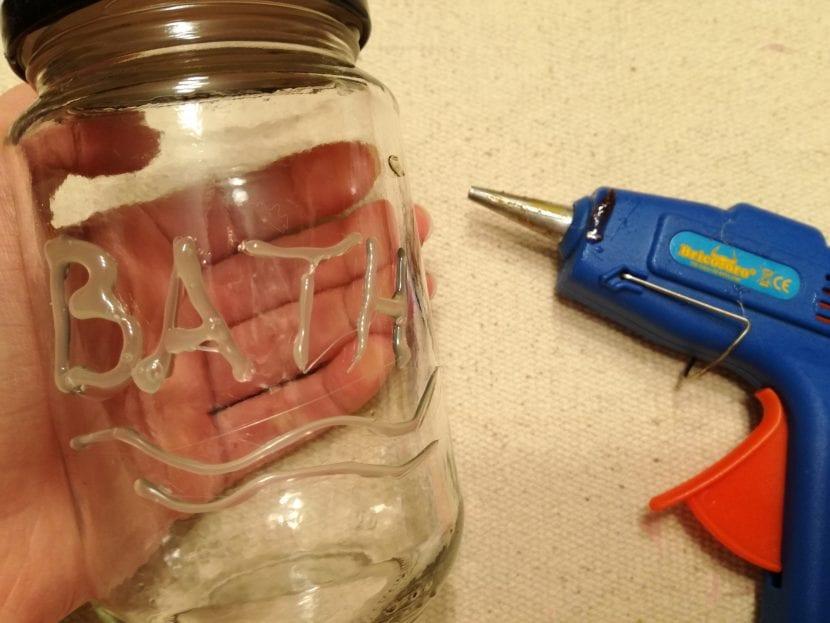 Dispensador jabón paso 1