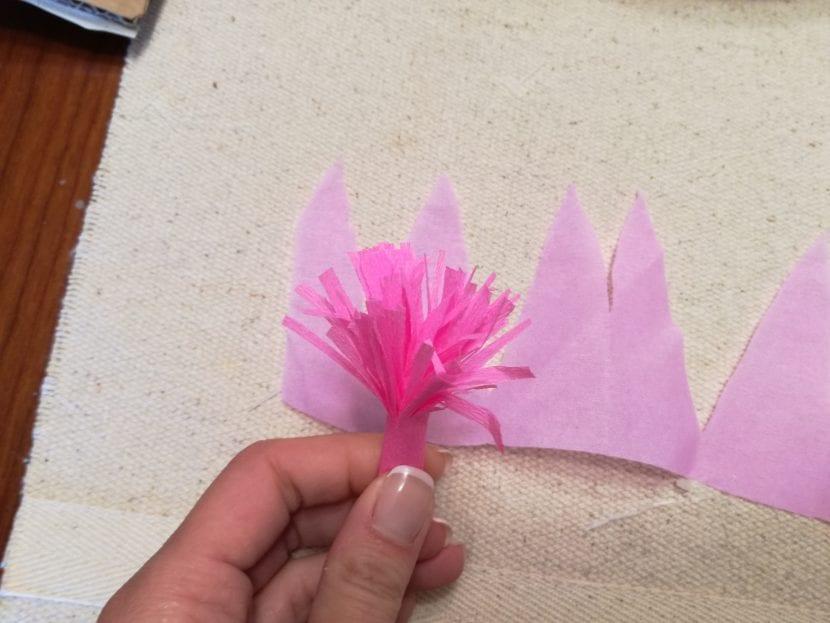 Centro de flores paso 8