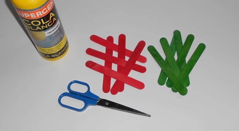 materiales para hacer manualidades con palos de helado