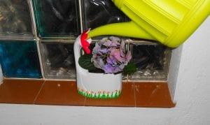 Cómo hacer una maceta para flores reciclando materiales de casa