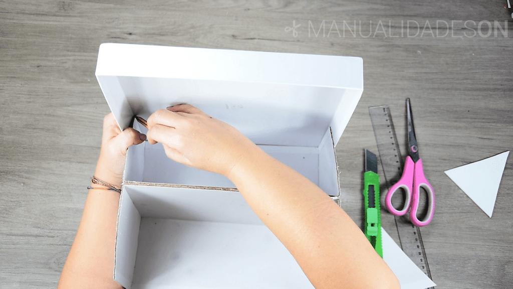 Reciclar una caja de zapatos