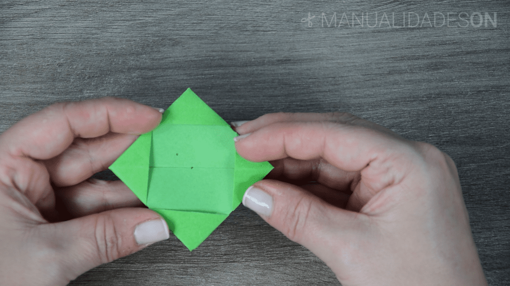 Origami con estrella virtual