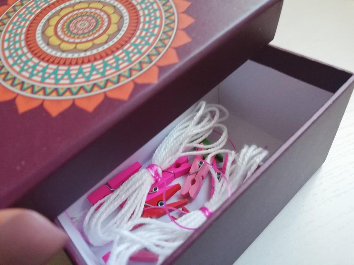 Caja sorpresa para colgar fotos