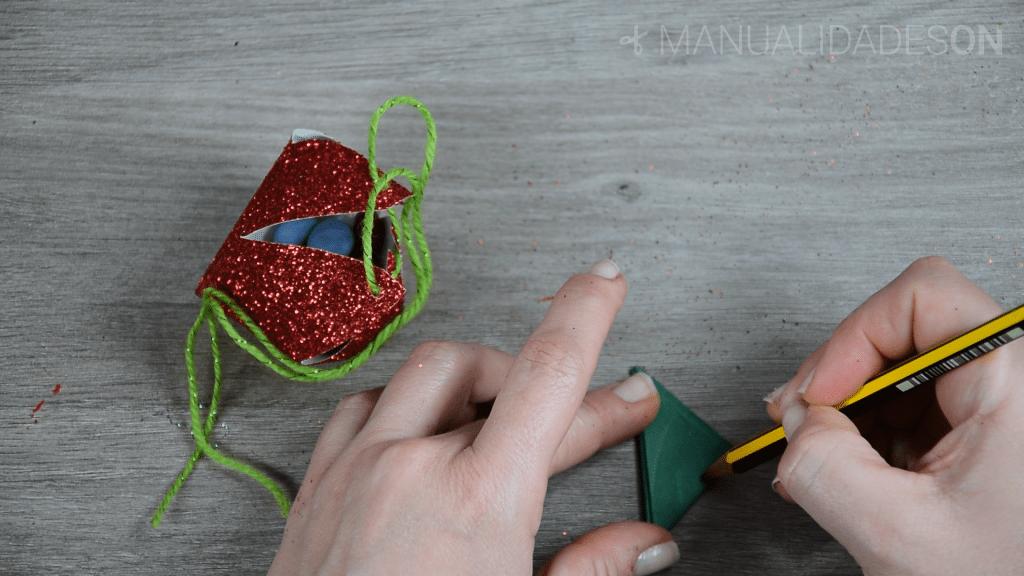 Cajita con forma de fresa