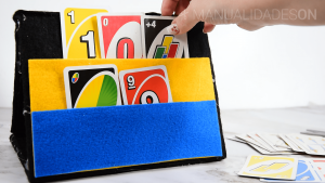 Soporte para jugar a las cartas