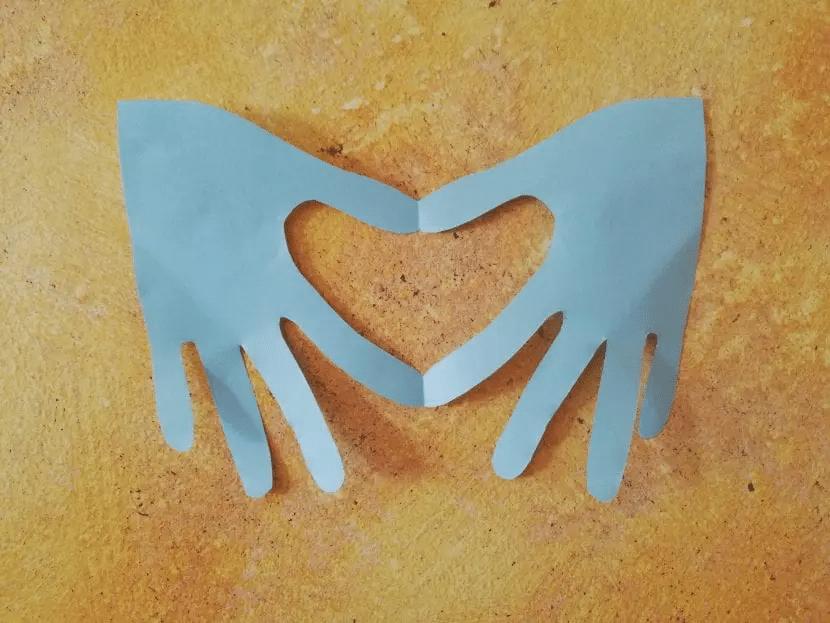 Tarjerta de manos